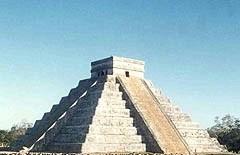 La serpiente en Chichen Itzá.